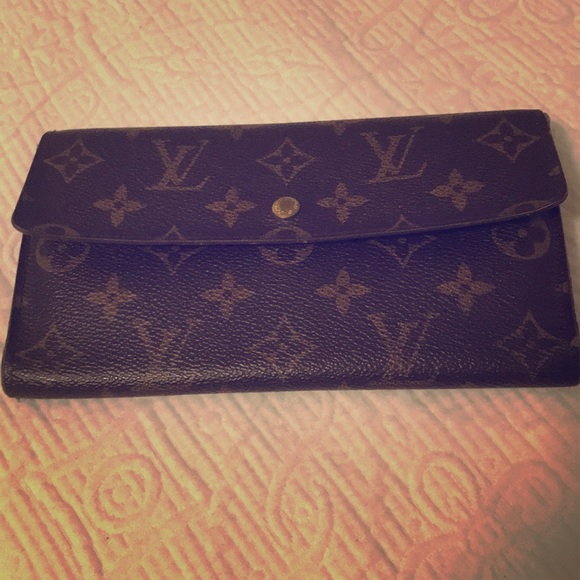ee82b7eb7d5c Louis Vuitton Handbags - Genuine Louis Vuitton Leather wallet